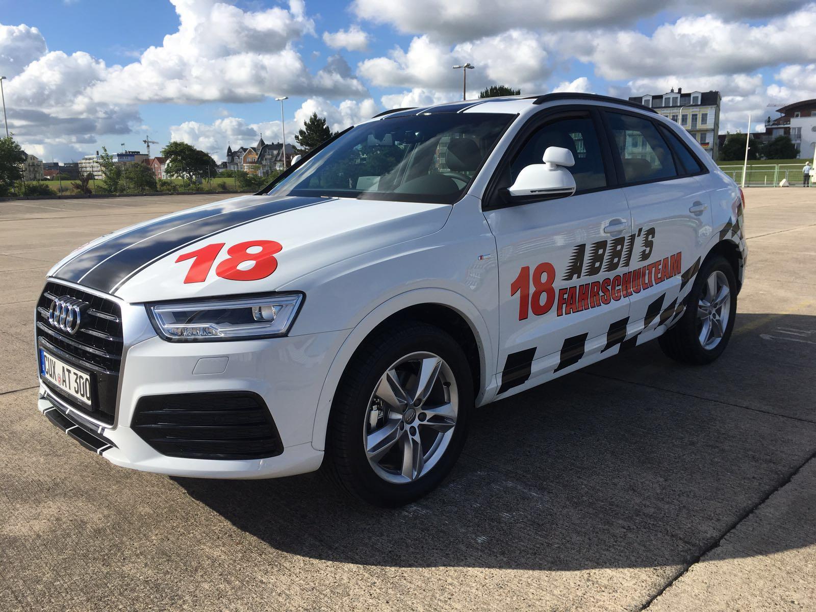 Fahrschule Cuxhaven: Audi Q3, Diesel, 150 PS